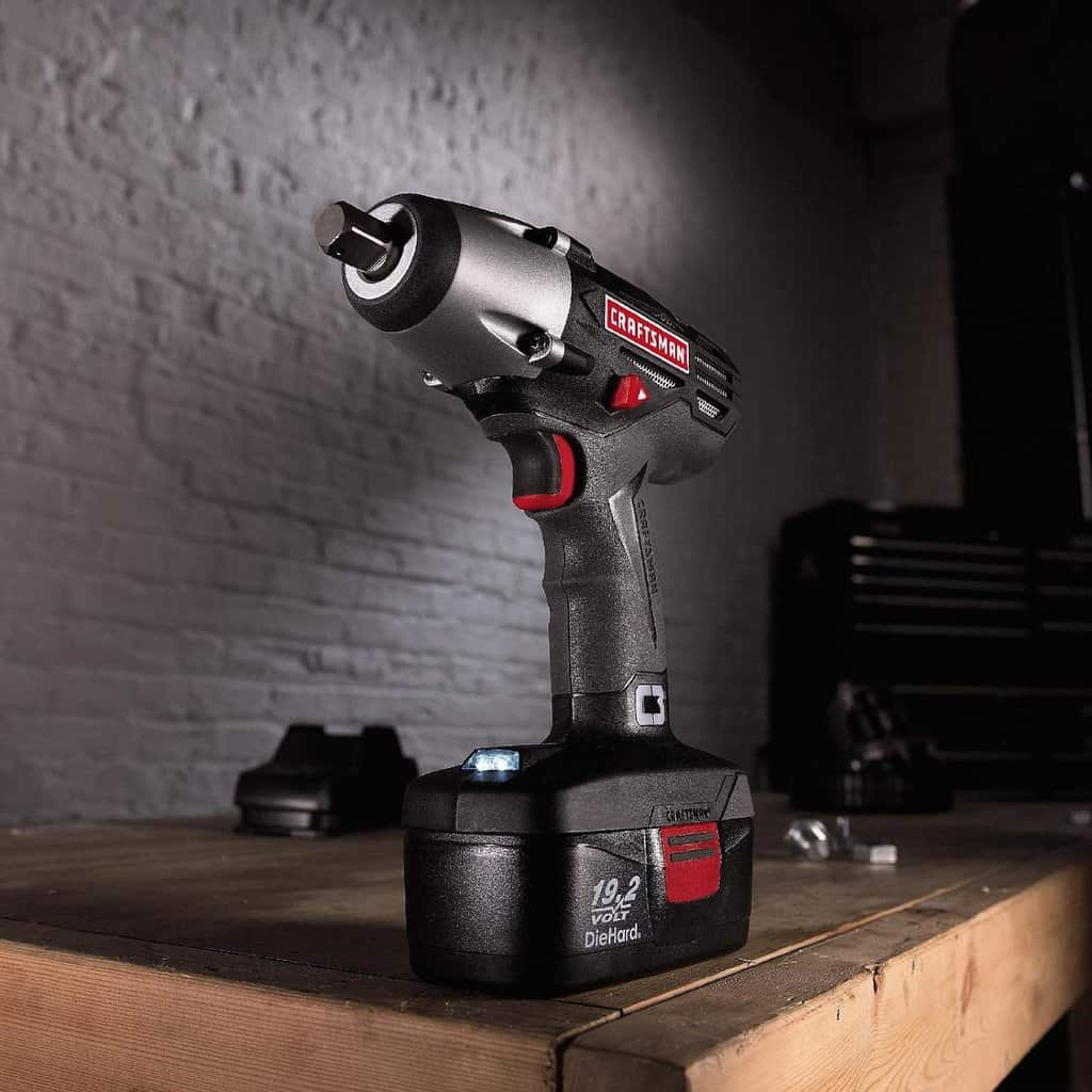 Craftsman C3 Cordless 19.2 Volt Impact Wrench Driver Kit