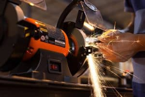 Advantages of Using a Bench Grinder